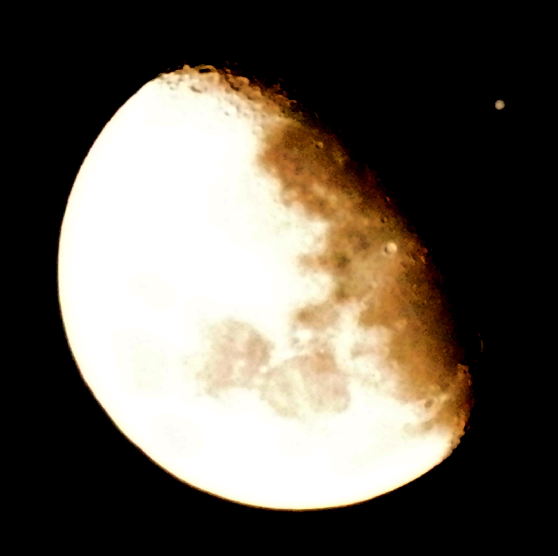 Foto de Luna y Júpiter tomada desde Perú el 21 de enero 2013